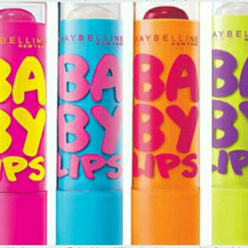Maybelline Baby Lips® Moisturizing Lip Balm uploaded by fatima ezzahra b.