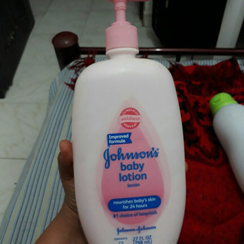Photo of Johnson's Baby Lotion Vanilla Oatmeal uploaded by yenifer c.