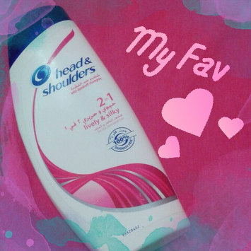 Photo of Head & Shoulders Smooth & Silky Shampoo uploaded by أفكار ي.