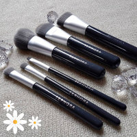 SEPHORA COLLECTION Deluxe Charcoal Antibacterial Brush Set uploaded by Devika M.