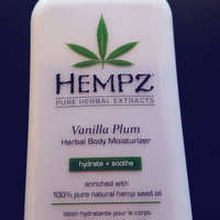 Hempz Mini Vanilla Plum Herbal Body Moisturizer uploaded by Becca H.