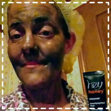 Photo of Uncover DETOXIFYING MUD MASK uploaded by Amy M.