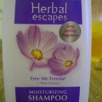 Alberto VO5® Herbal Escapes Moisturizing Shampoo Free Me Freesia uploaded by Deborah Q.