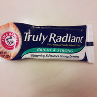 ARM & HAMMER™ Truly Radiant™ Whitening & Enamel Strengthening Fresh Mint uploaded by Megan W.
