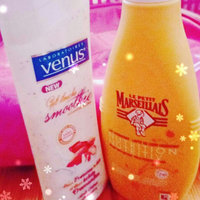 Gillette Venus Venus Breeze & Bonus SatinCare Dry Skin In-Shower Moisturizer uploaded by laila b.