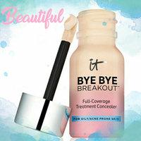 IT Cosmetics® Bye Bye Breakout™ uploaded by karla V.
