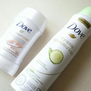 Photo of Dove Silk Dry Antiperspirant Spray uploaded by fatima ezzahra B.