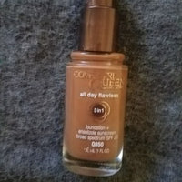 COVERGIRL Queen Collection Oil-Free Moisturizing Makeup uploaded by Bridgetta P.