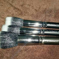 MAC 130 Short Duo Fibre Brush uploaded by Rahma I.