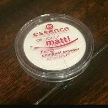 Photo of Essence All About Matt! Fixing Compact Powder uploaded by Rahma I.