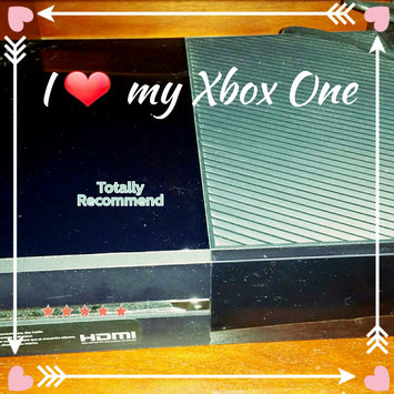 Microsoft Corp. Microsoft Xbox One Gaming Console uploaded by Indya F.