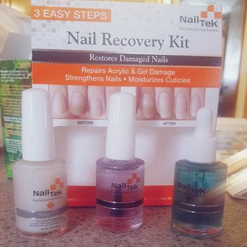 Photo of Nail Tek Nail Recovery Kit uploaded by Julie M.