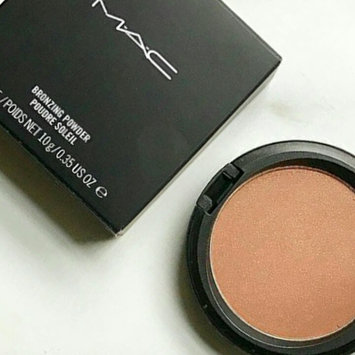 Photo of Mac Bronzing Powder uploaded by Maryam u.