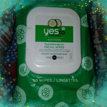 Photo of Yes To Cucumbers Shooting Hypoallergenic Facial Wipes uploaded by Amanda F.