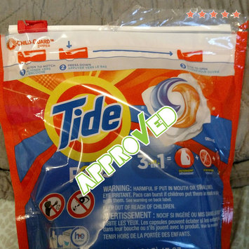 Photo of Tide PODS® Laundry Detergent Original Scent uploaded by Jewel B.