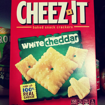 Sunshine Cheez-It Baked Snack Crackers White Cheddar uploaded by Kelsey T.