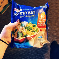 Birds Eye® Steamfresh® Chef's Favorites Pasta & Broccoli with Cheese Sauce 10.8 oz. Bag uploaded by Amber M.