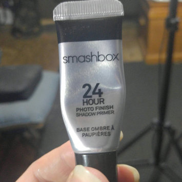 Smashbox Photo Finish 24-Hour Shadow Primer, .41 fl oz uploaded by Misty D.
