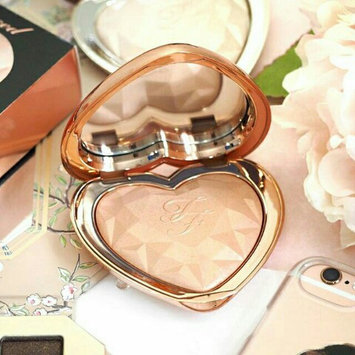 Too Faced Peach Frost Melting Powder Highlighter - Peaches & Cream Collection Happy Face uploaded by fatima ezzahra b.