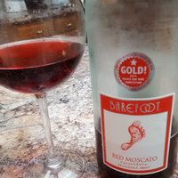 Barefoot Bubbly Red Moscato uploaded by Nikki R.