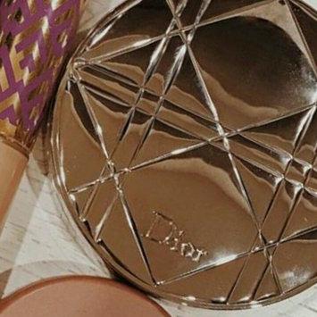 Photo of Dior Diorskin Nude Air Luminizer Powder Shimmering Sculpting Powder uploaded by Ben Amor Z.