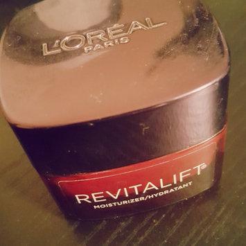 L'Oréal Paris RevitaLift® Triple Power Deep Acting Moisturizer uploaded by Becca H.
