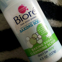 Bioré Baking Soda Cleansing Scrub uploaded by Caitlyn E.