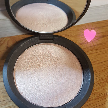 BECCA Shimmering Skin Perfector® Pressed Highlighter uploaded by Shayla L.