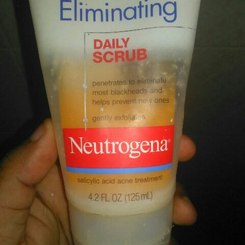 Photo of Neutrogena® Blackhead Eliminating Daily Scrub uploaded by Rosanna D.