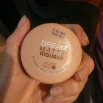 Photo of Maybelline Dream Matte Mousse Concealer Corrector uploaded by Claudia V.