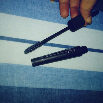 It Cosmetics Superhero Elastic Stretch Volumizing Mascara uploaded by Chihi n.