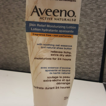 Photo of Aveeno Active Naturals Skin Relief with Soothing Oat Essence Moisturizing Lotion uploaded by Kaleigh R.