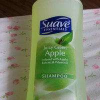 Suave® Naturals Juicy Green Apple Shampoo uploaded by member-11d0b