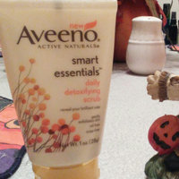 Aveeno Active Naturals Smart Essentials Daily Detoxifying Scrub uploaded by Rachel R.