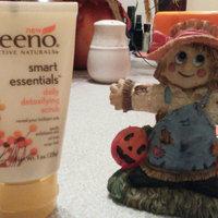 Aveeno® Smart Essentials Daily Detoxifying Scrub uploaded by Rachel R.