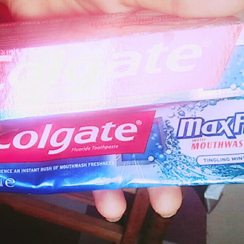 Photo of Colgate® MaxFresh® with WHITENING MINI BREATH STRIPS Toothpaste Cool Mint uploaded by Siham S.