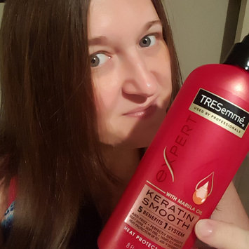 Photo of TRESemmé Keratin Smooth Heat Protection Shine Spray uploaded by Nikki R.