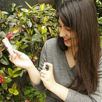 Vera Wang Embrace Marigold & Gardenia uploaded by Gabriela A.