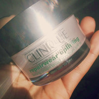 Clinique Repairwear™ Uplifting Firming Cream Broad Spectrum SPF 15 uploaded by Jazmine G.