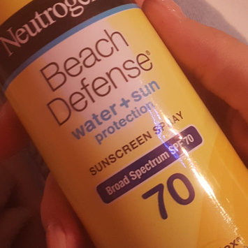 Photo of Neutrogena® Beach Defense® Water + Sun Protection Sunscreen Spray Broad Spectrum SPF 70 uploaded by Stefania M.