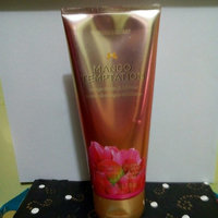 Victoria's Secret Strawberries And Champagne Hand And Body Cream uploaded by Maria Daniela G.