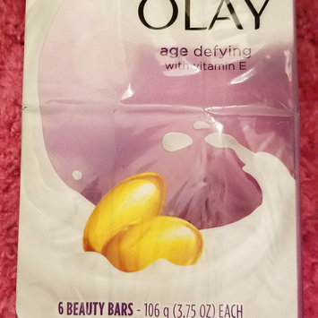 Photo of Olay Outlast Ultra Moisture Shea Butter Beauty Bar uploaded by Kathie L.