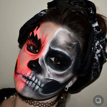 Photo of Snazaroo Classic Face Paint, 18ml, White uploaded by Yvonne D.