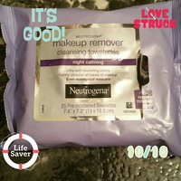 Neutrogena® Makeup Removing Cleansing Cloths Night Calming uploaded by Derana M.