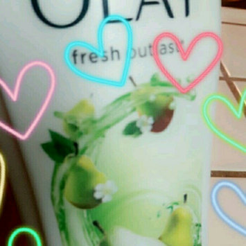 Photo of Olay Ultra Moisture Shea Butter Body Wash uploaded by Stefanie S.