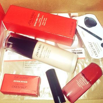 Photo of Shiseido Synchro Skin Glow Luminizing Fluid Foundation Broad Spectrum SPF 20 uploaded by Krista P.