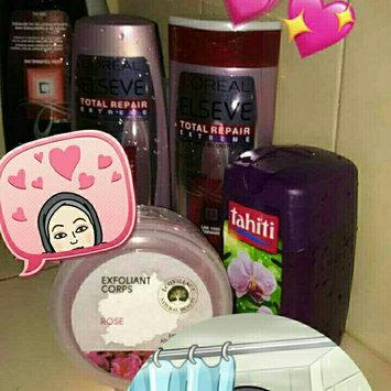 Photo of LUSH Rub Rub Rub Shower Scrub uploaded by noorskh S.