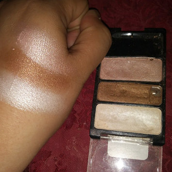 wet n wild Color Icon Eyeshadow Trio uploaded by Evelia N.