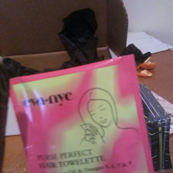 Photo of Eva NYC Purse Perfect Hair Towelettes uploaded by Jacqueline V.