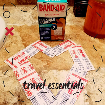 Photo of Band-Aid Flexible Fabric Bandages uploaded by Carrliitaahh M.